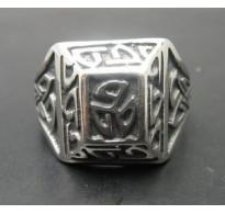 R000273 Sterling Silver Celtic Ring Triskelion Solid Hallmarked 925 Nickel Free Handmade