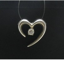 PE000216 Stylish Sterling silver pendant 925 Heart cz solid